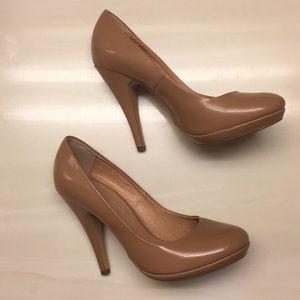 Colin Stuart Nude Pump Heels